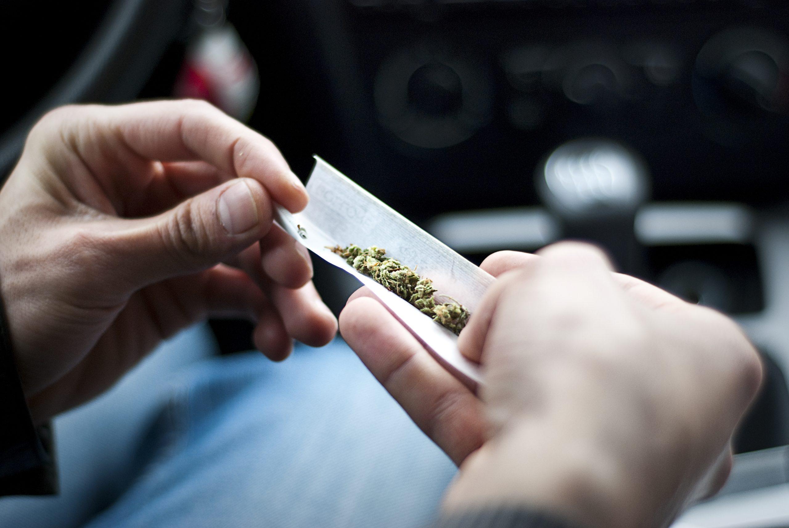 ''الان'' تعبير عن المخدرات للسنة الرابعة متوسط