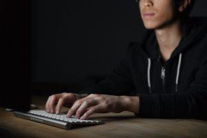 ادمان الإنترنت والاكتئاب